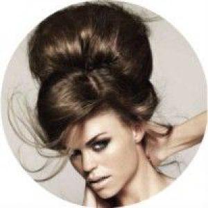 16 Способів, як зробити високу зачіску на довгому волоссі