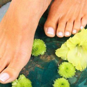 5 Медичних препаратів для усунення пітливості ніг