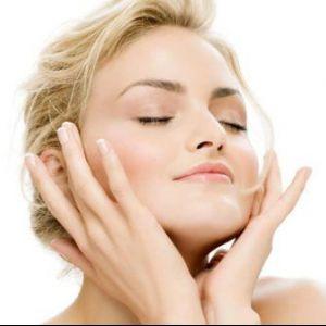 Що робити і як лікувати прищі на обличчі?