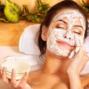 Домашні косметичні маски для обличчя - за красу не обов`язково платити