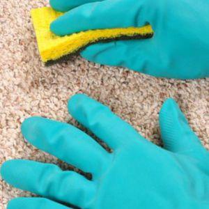 Домашня чищення килимів