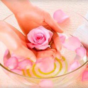 Готуємо ванночки для зміцнення і зростання нігтів