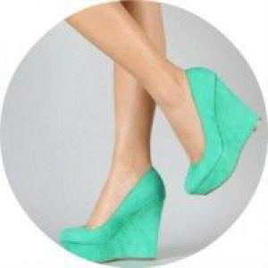 Як можна швидко розтягнути взуття