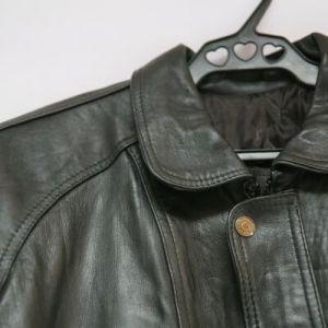 Як можна погладити шкіряну куртку: поради для ретельного догляду
