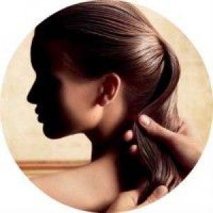 Як правильно використовувати масло жожоба для волосся