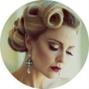 Як самостійно зробити стильну жіночу зачіску в стилі ретро