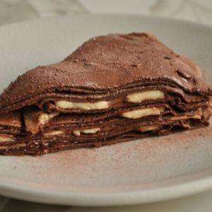 Як зробити шоколадні млинці: зі звичайного млинця в десерт