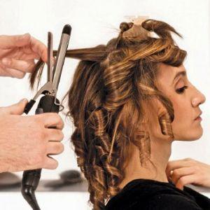 Як праскою закриття волосся: правильні кучерики
