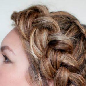 Як заплітати красиві кіски самій собі: милі зачіски будинку