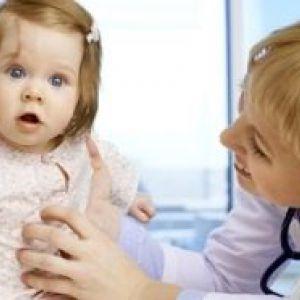 Яка висип з`являється на животі у дитини