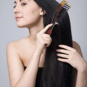 Які засоби допоможуть полегшити розчісування волосся?