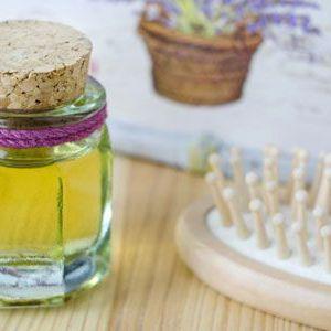 Маска для волосся з касторовою олією: рецепти на будь-який випадок