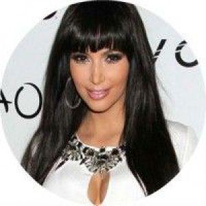 Модні варіанти жіночих стрижок на довге волосся з чубчиком