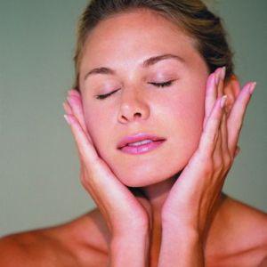 Народні засоби і методи для омолодження шкіри
