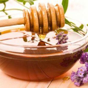 Обгортання з медом і маслами: спа-салон у вас вдома