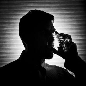 Чому виникає підвищене потовиділення після прийняття алкоголю?