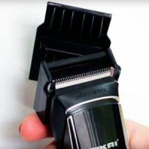 Полірування волосся машинкою зі спеціальною насадкою
