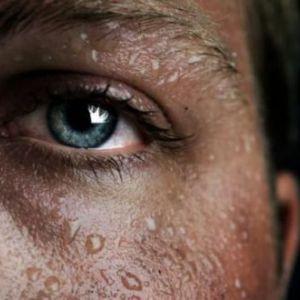 Пітливість вночі у чоловіків: причини, лікування