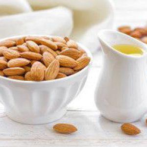 Застосування мигдалевого масла для особи в залежності від типу шкіри