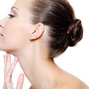 Прості вправи для підтяжки овалу обличчя