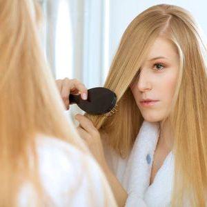 Випадання волосся у жінок: лікування в домашніх умовах